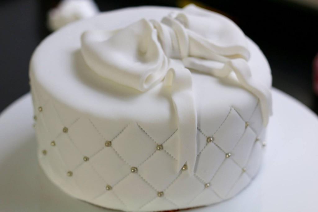 Wedding Cake Ou Gâteau De Mariage Cake Design