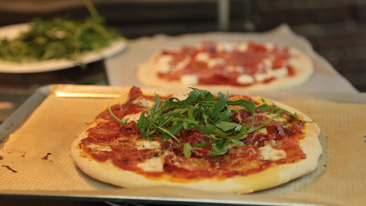 Recette de pizza italienne maison facile en vid o - Cuisine cantonaise recettes ...